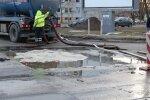 FOTOD: Seoses veeavariiga Paldiski mnt-l esineb tõsiseid liiklustakistusi