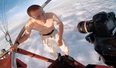 VIDEO: Hulljulgus või lauslollus? Mees hüppas nelja kilomeetri kõrguselt alla ilma turvavarustuseta... ja jäi ellu!