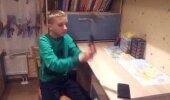 VIDEO: FEIL! Poiss arvas ekslikult, et tema telefon on purunemiskindel. Vaata, mis juhtus