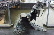 ФОТО читателя Delfi: Клайпедский черный призрак пугает туристов