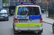 В Стокгольме около 100 человек в масках напали на мигрантов