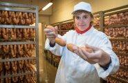 Rannarootsi lihatööstus on võitnud Eesti parima toiduaine konkursi auhindu. See omakorda suurendab tootmismahtusid, sest selline reklaam mõjub, kinnitab Rannarootsi lihatööstuse kvaliteedijuht Silja Sillakivi.