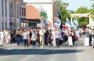DELFI FOTOD ja VIDEOD: Kuressaares toimus Saaremaa 51. laulupidu