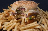 Big Maci indeks: euro on dollari suhtes kõvasti alahinnatud