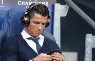 Niiviisi veetis Cristiano Ronaldo aega üleeile õhtul Manchesteris.