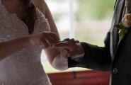 Kogenud naise kiri noortele neidudele: keerulised suhted on alati valed suhted