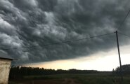 Pilved Põlvamaal Holvandis
