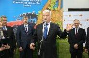 Läti põllumajandusminister Jānis Dūklavs (esiplaanil) kohtus salaja kõrge Vene ametiisikuga ja pidas nõukaaegsel kombel jahti.
