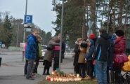 VIDEO ja FOTOD: Hukkunud poisi klass käis õnnetuskohal kaaslast mälestamas