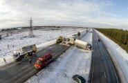 Mullu jaanuaris tekitas palju kõneainet Tallinna-Narva maanteel Jõelähtme lähedal juhtunud õnnetus, kus libeda tee tõttu sai viga koguni 13 sõidukit ja mitu inimest viidi haiglaravile. Nagu nüüd on selgunud, oli seegi teelõik nõuetekohaselt hooldamata ja
