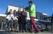 Kui märtsis siirdus Savisaar Moskvasse meediakära saatel, siis seekord polnud avalikkusel sõidust pikka aega aimugi.