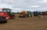 Külvikute päev, Kulina, Voore Farm, külvikud, külvik, traktor, traktorid
