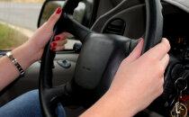 Anekdoot | Ajuvaba, millega naised roolis tegelevad!