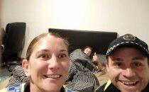 Mõistatus, kuidas mees, kes oli täis kui tinavile, ärkas hommikul oma voodis teki all, lahenes tänu telefonist leitud selfie'le