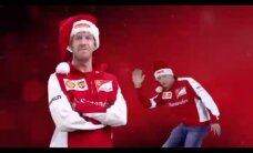 VIDEO: Kimi Räikkönen hiilgab Ferrari jõulureklaamis trianglivirtuoosina