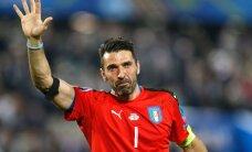 VIDEO: Tõeline eeskuju: Buffon mängib puhkuse ajal Itaalia külakeses noortega jalgpalli