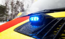 Liiklusõnnetuste kroonika: kolme auto ahelkokkupõrkes sai viga 7-aastane tüdruk, Vasalemma vallas sõitis mees sisse kiirabiautole