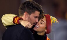 KUUMAD PILDID: Miley Cyrus ja Schwarzeneggeri poja kirg läheb üha tulisemaks