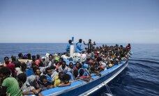 У берегов Ливии затонуло судно с беженцами