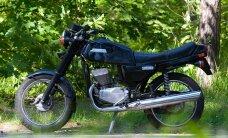 GAZ, VAZ, Jawa ja Ural: riigikogulastele kuulub palju vanu autosid ja mootorrattaid
