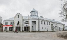 Vaatamisväärsus Laekveres: Virumaa viltuseim aken