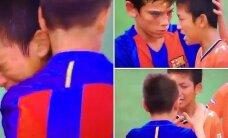 VIDEO: Südamlik vaatepilt: Barcelona noortevõistkond asus pärast mängu pisarates vastaseid lohutama