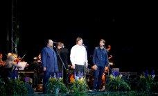 FOTOD: Kolm uue aja tenorit ehk Pehk, Kasar ja Eplik esinesid Palmse mõisas koos sümfooniaorkestriga