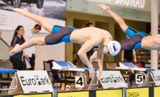 DELFI VIDEO: Eestikad Zirgi moodi: 15 võistlusstardist vanima ujumisrekordi alistamiseni