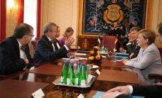 ФОТО DELFI: Ангела Меркель встретилась в Кадриорге с президентом Ильвесом