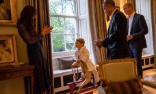 ФОТО: Принц Джордж встретил Обаму в пижаме