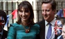 Briti peaministri naine saabus pulma ebaviisakas riietuses