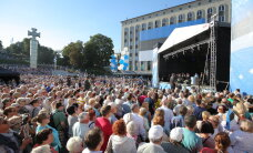 Savisaar Vabaduse väljakul: Eesti tõuseb jälle! Eesti väärib paremat!