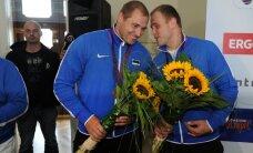 FOTOD: Olümpiakangelased Nabi ja Kanter saabusid koju!