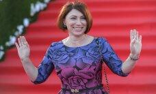 ФОТО: 54-летняя Роза Сябитова показала шикарные формы в бикини