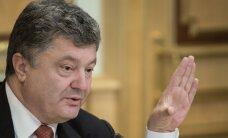 Порошенко согласился отдать Крым татарам