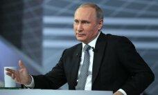 """Путин назвал """"полным бредом"""" слова об угрозе России для Прибалтики"""