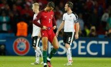 Jalgpalli EM-i staarid: Puma preservatiivid, kratsiv Löw ja Ronaldo trussikud