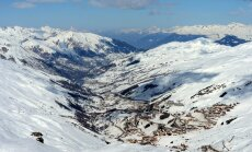 FRANCE-SKI-LEISURE-FEATURES
