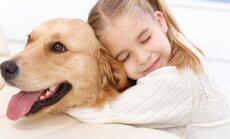 Südantlõhestav lugu: Koer suri üksinda kodus olnud lapse käte vahel