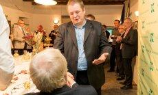 Savisaarlased on rahulolematud: Repinski mantlipärija peaks olema Erki Savisaar