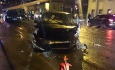 VIDEO SÜNDMUSKOHALT: Mustamäel toimus viie auto kokkupõrge