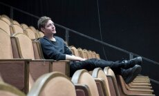 """Iggy Lond Malmborg ütleb, et """"Physics and Phantasma"""" on tema senistest töödest kõige teatraalsem."""