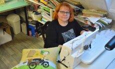 Mikroettevõtja Maire Forsel kolis kümne aasta eest Saaremaale, ja pärast seda, kui raamatupidajatöö otsa sai, tegi oma väikese ettevõtte, kus valmistatakse erilisi patju.