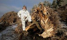 OÜ Puiduhake.com juht Erkki Naabel ei põlga kändudest hakkpuidu tegemist, kuigi neid peab metsa alt välja kangutama, pärast platsi peal kuivatama, mullast puhastama ja enne hakkurisse saatmist ka peenemaks tükeldama. See kõik on küll kulu, aga mõistliku t