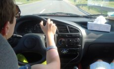 HULL REIS | Nelja naise <em>roadtrip</em> Ungarisse: käsi värises kohalt võttes nii, et oleksin peaaegu politseiautole sisse tagurdanud