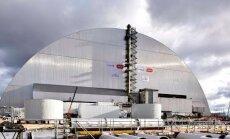 VIDEO: Hiigelsuur sarkofaag tegi 327-meetrise sõidu Tšernobõli tuumajaama peale