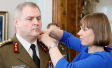 President Kersti Kaljulaid ülendas teisipäeval kaitseväe juhataja Riho Terrase taasiseseisvunud Eesti kolmandaks nelja tärni kindraliks.