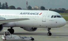 Air France'i piloodid ujutasid Pariisi lähedase metsa kütusega üle