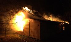 Eesti ehitusmehed pääsesid Soomes napilt põlema süttinud majast