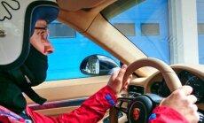 Porsche elukool: Istanbuli F1 ringrajal valget kaimanit taltsutamas